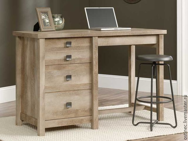 Из какого материала выбрать компьютерный стол?
