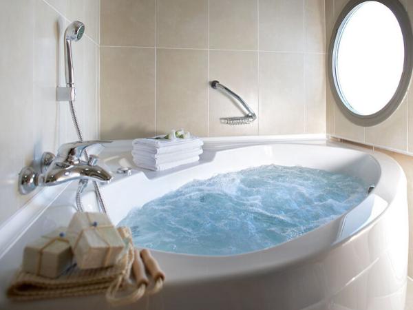 Все про гідромасажні ванни