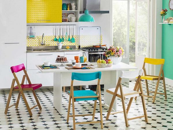 Які бувають стільці для кухні?