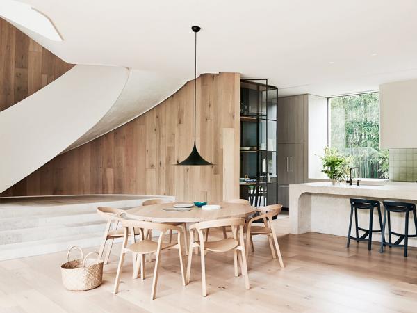 Розміри обідніх столів різних форм: поради щодо вибору меблів