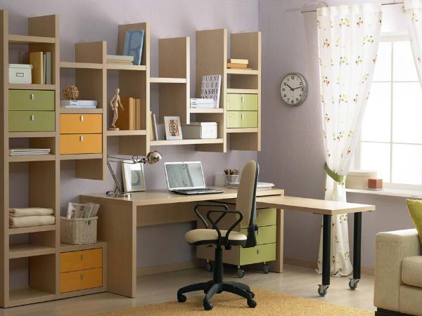 Різноманітність стільниць для письмового столу, їх особливості