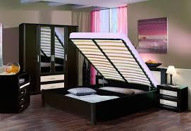 Кровать с подъемным механизмом – просто и функционально