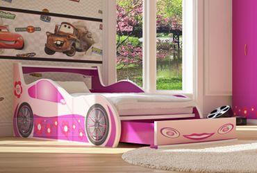 Покупать ли в детскую комнату кровать-машинку