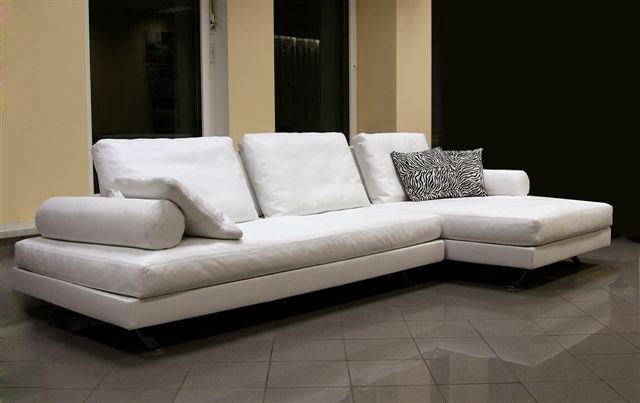 Зонируем гостиную с помощью углового дивана