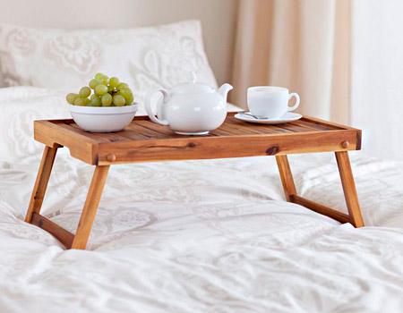 Столики для сніданку