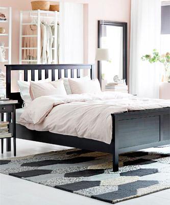 Ліжка у спальню