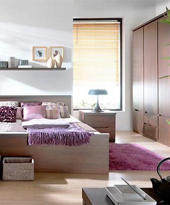 Спальня Джулі