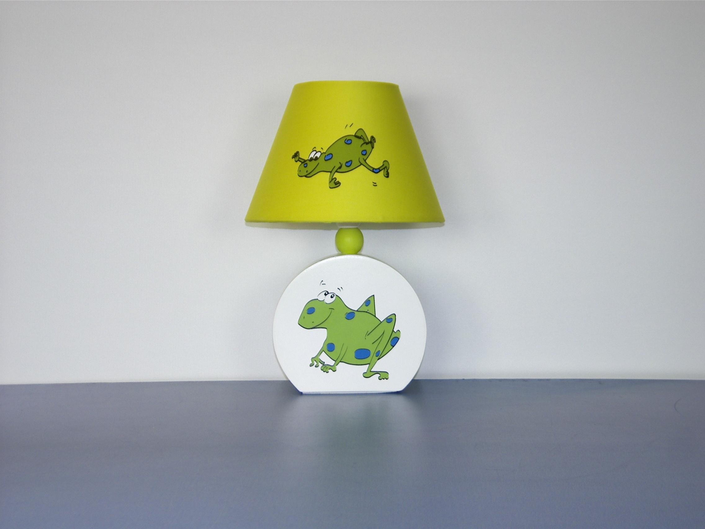 Фото Лампа настольная 41-25282 «Frog» зеленая CND - sofino.ua